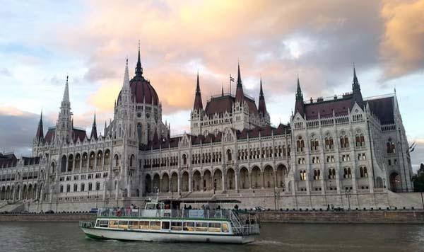 دانشگاه و کالج برتر مجارستان